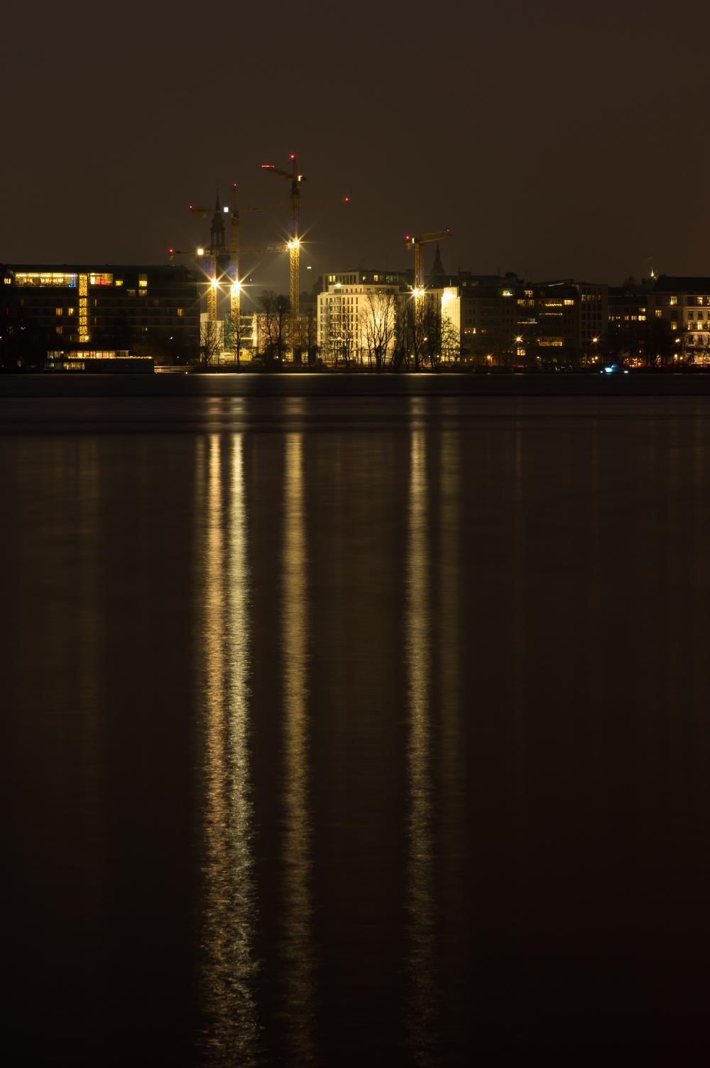 Nachtbaustelle an der Alster