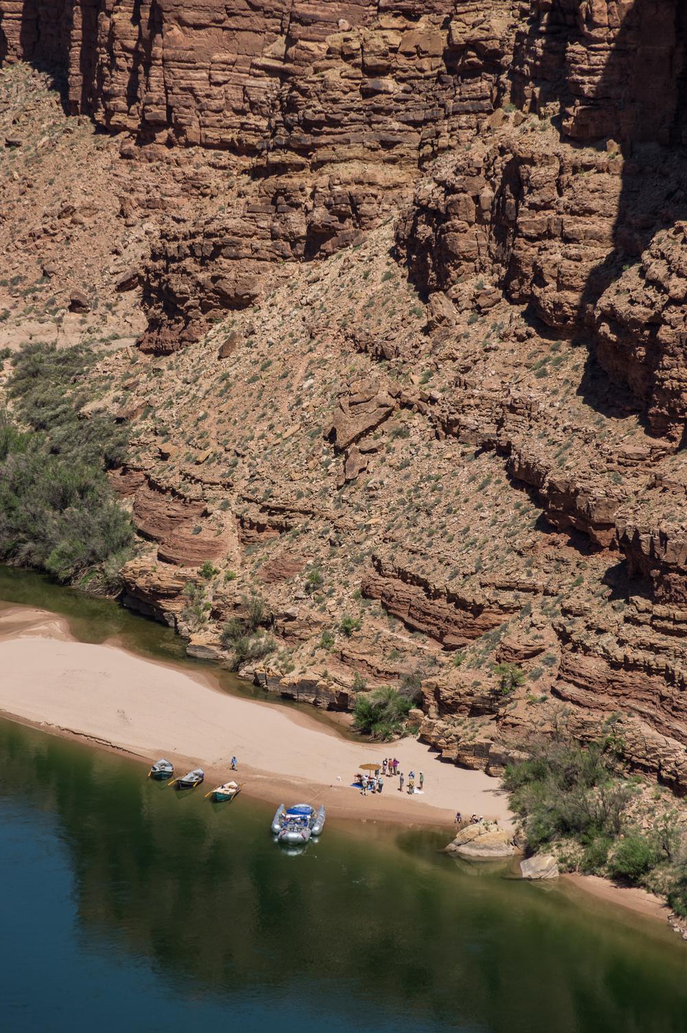 Ein Blick auf eine Ausflugstour auf dem Colorado.