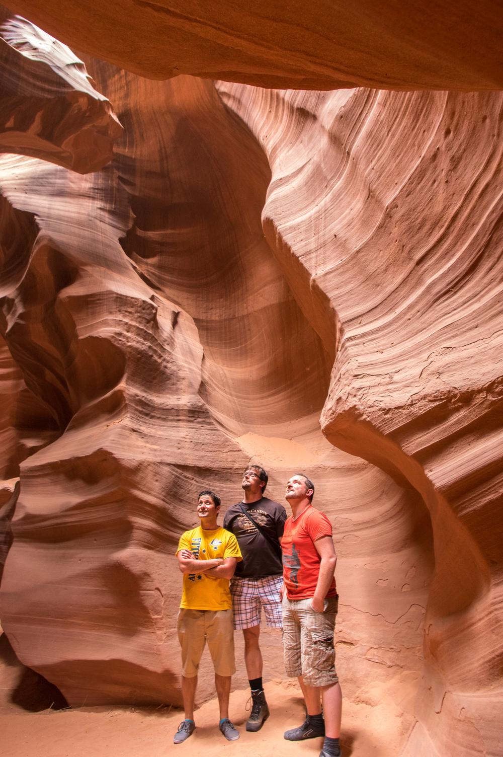 Unser Navajo Guide hat uns immer wieder fotogen platziert.