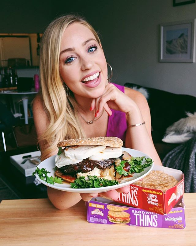 Calling all vegetarians! Check my IGTV recipe video where portobello mushrooms become the ideal burger substitute and @arnoldbread Whole Wheat Sandwich Thins become the perfect bun. All the yesssss. #DoYourOwnThin