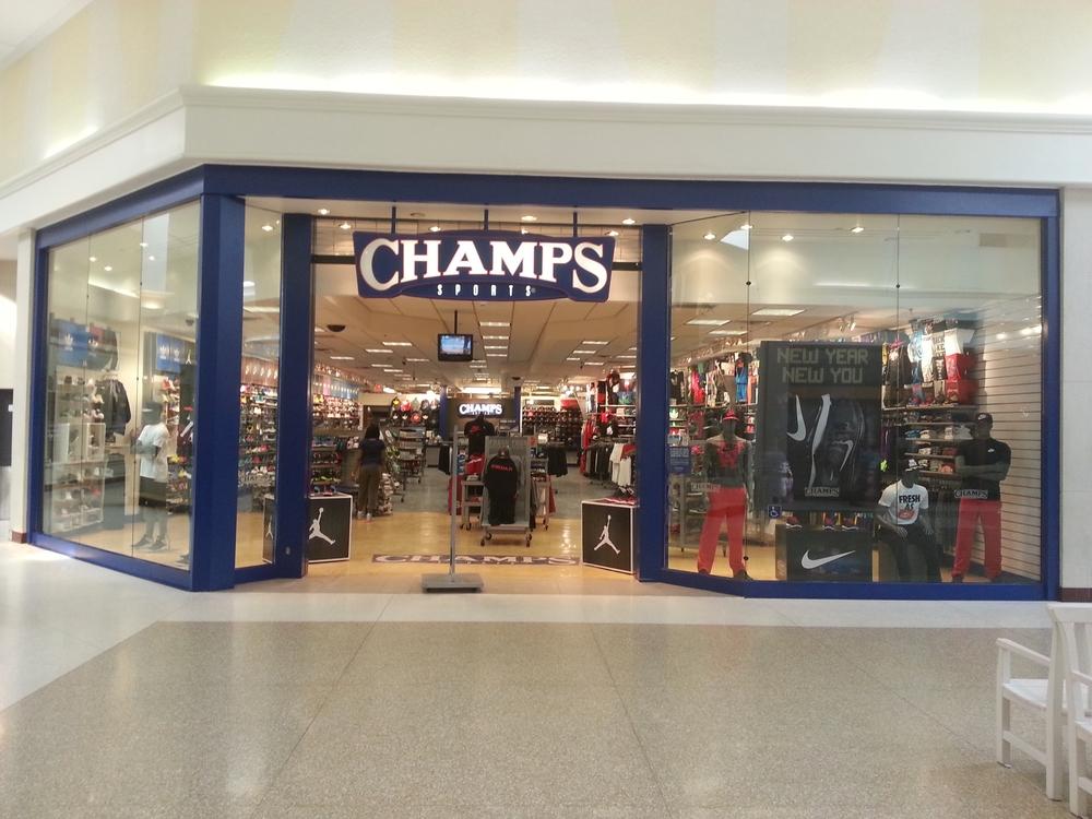 Champs (mall).JPG