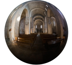 Abbatiale_Entree_Centre_Bubble_web.jpg