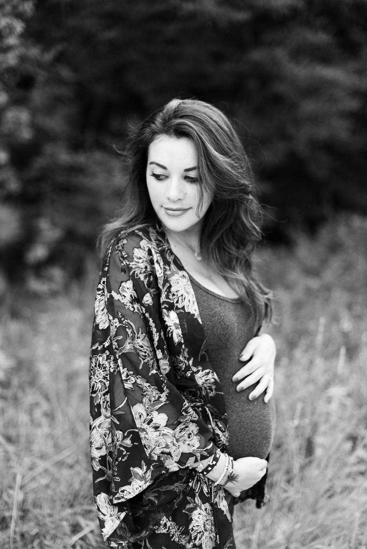 Humble Maternity Photographer