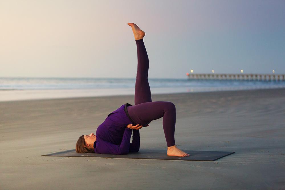 Beach-Yoga-2.jpg