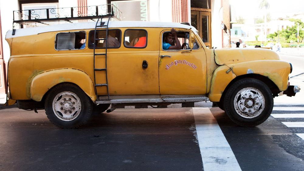 cubaprint10_yellow-truck.jpg