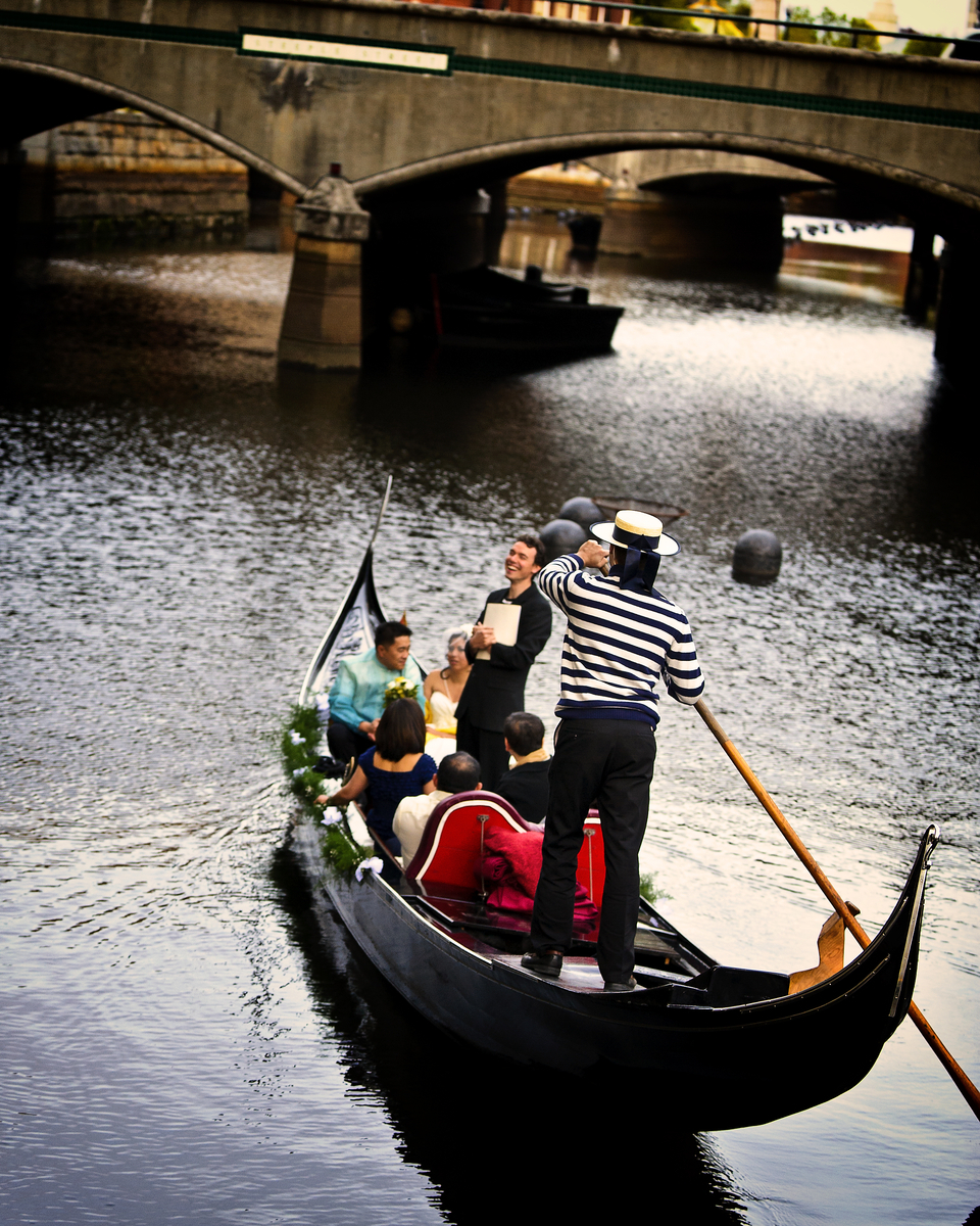 Gondola Wedding 3806.jpg