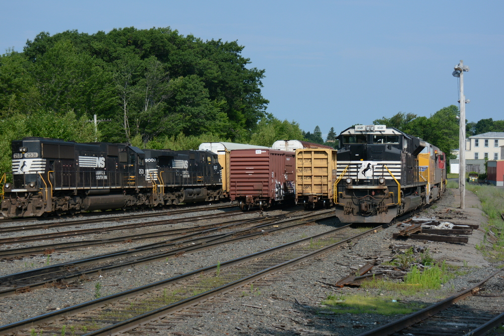 Pan Am RR Gardner Yard, Gardner, MA 8/14