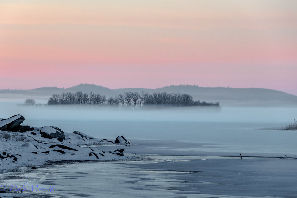 It's a rare thing to see fog when it's 14 degrees F at the Quabbin Reservoir, but here it was this morning ! 2/19/18