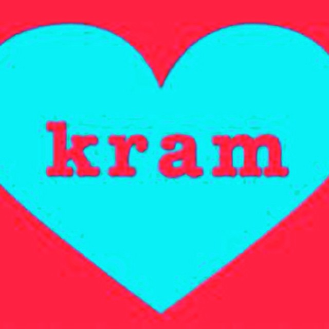 #Kram #heart #hug #love #share #give #inspire #abraso #spread #hugs #create #citat #words #quotes #daily #signs