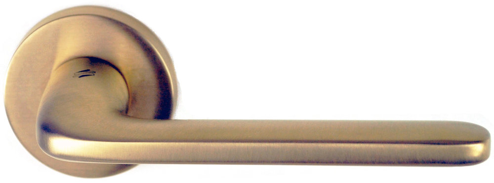 Colombo Roboquattro passage lever satin brass for catalogue RGB website.jpg
