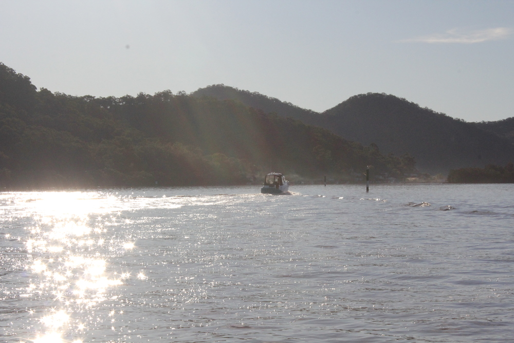 Hawkesbury river camp boating