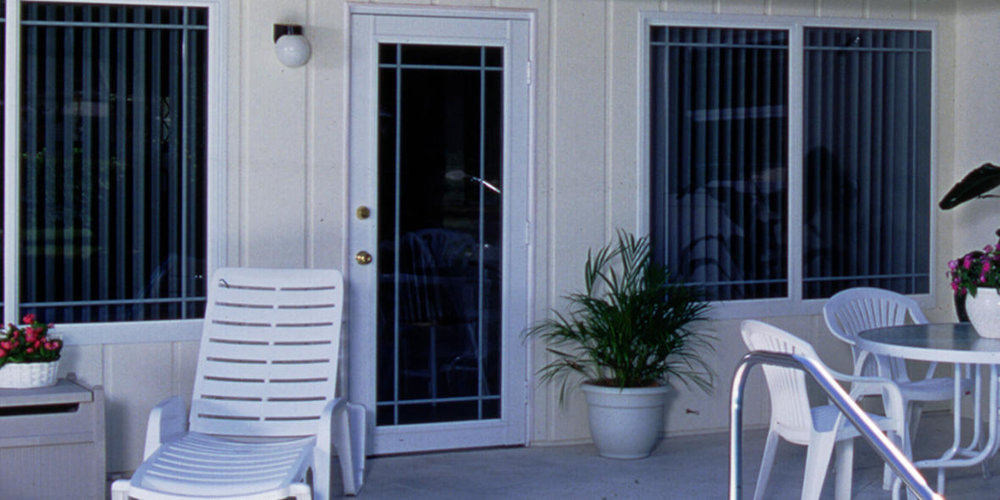 ClassicVue™ Cabana Door CD290.jpg