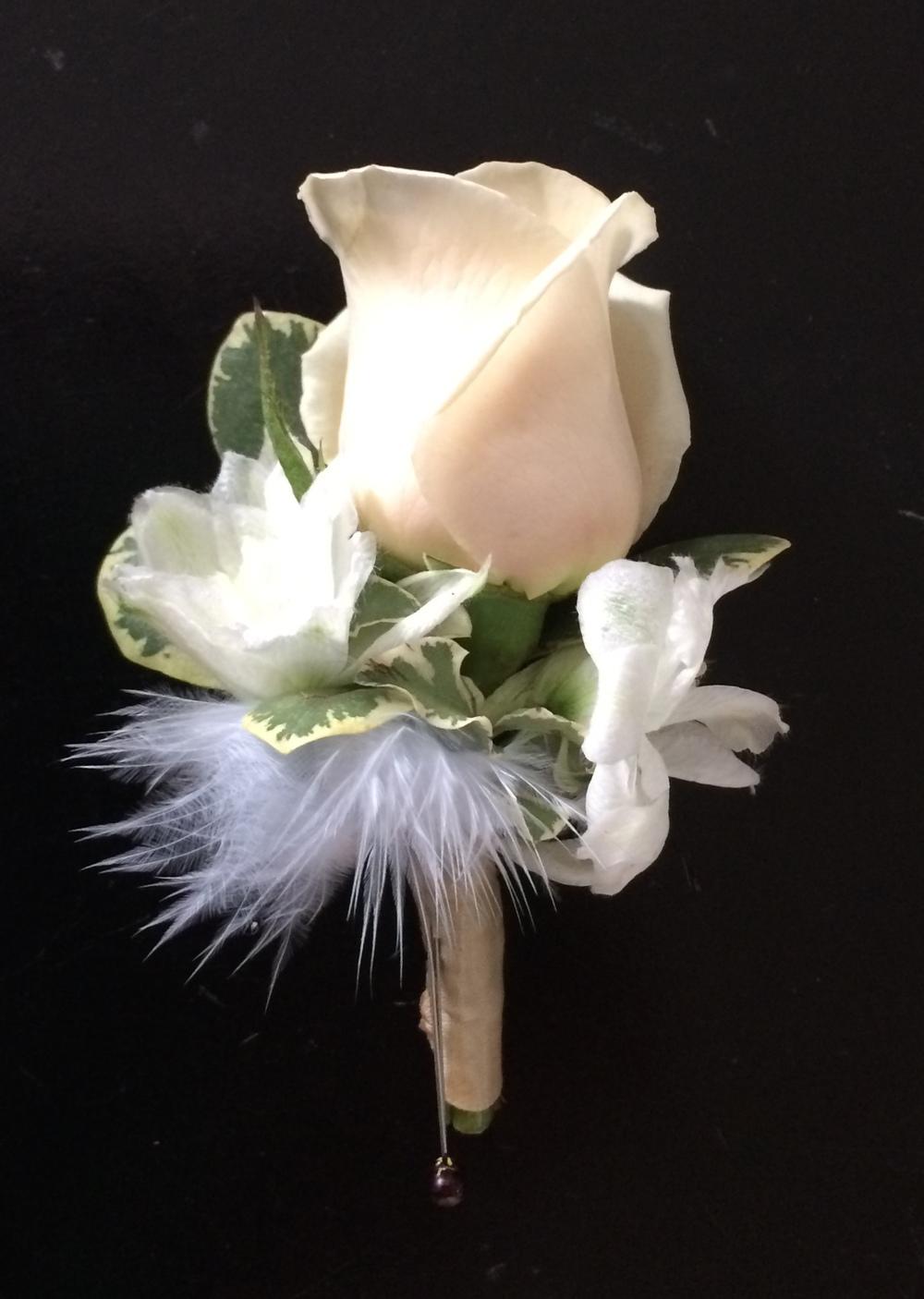 Botonnière. Montreal florist.
