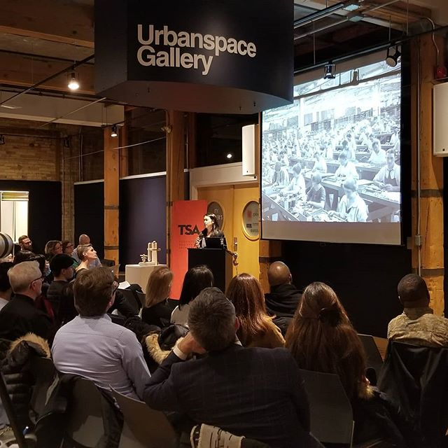FOLD co-founder @vfongv is presenting on the future of #work as part of a @tosoarch forum, one of the events of the  @todesignoffsite 2018! . . . #coworking #officedesign #toronto #tsalecture #TorontoArchitecture #officedesign #todo2018