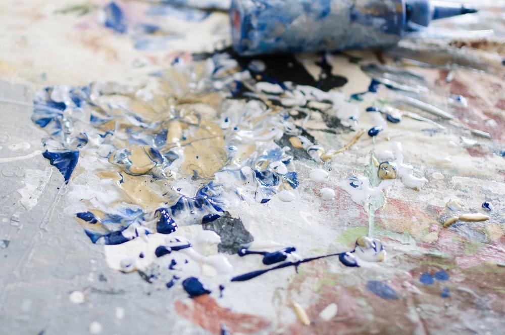 Abstract artist Kaitlin Noverr of Elysian Market