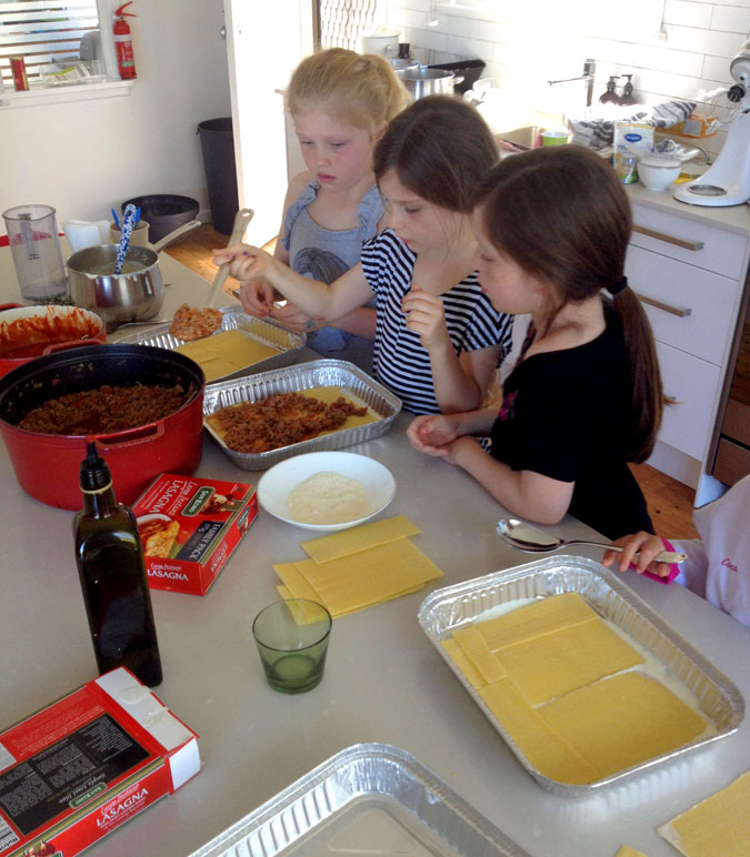 kids-cooking-classes-sydney-spagetti.jpg
