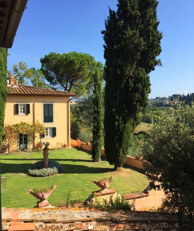 food-tour-florence-firenze-italy-villa.jpg