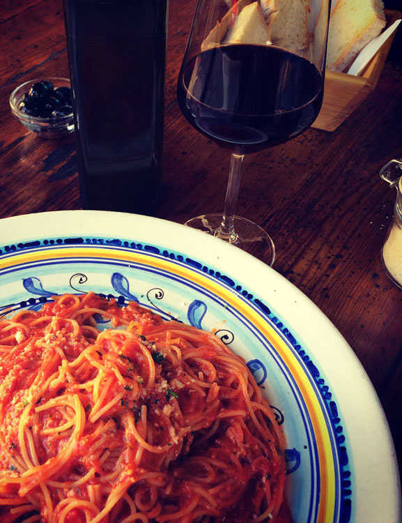 italy-food-tours-pasta-al-pomodoro-lunch.jpg