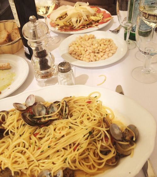 Dine at Piazza del Carmine - eat delicious Italian food on our food tour