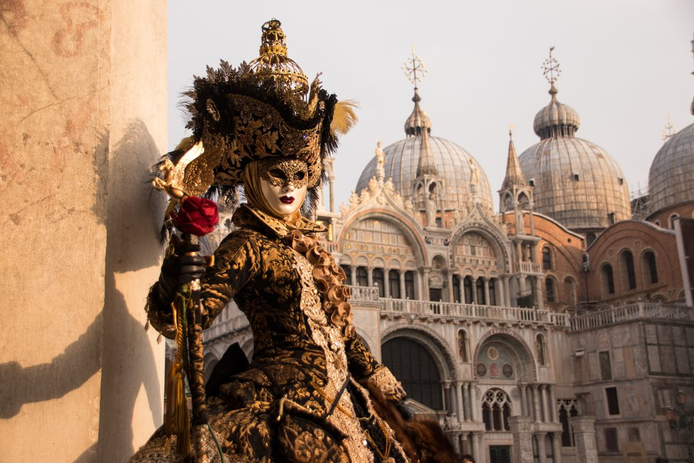 Venice Carnival - TO STARTChicken & caramelised onion pate crostini●Beef Carpaccio with shaved parmesan,rocket, lemon & olive oil dressing●Fried school prawns with polenta●Pea & Pancetta risotto●Classic Tiramisu$49 per personAperol spritz $6Prosecco $6 Booking essentialsBest dressed wins $150 gift voucher