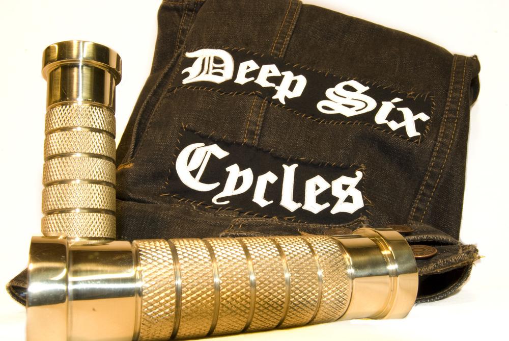 DSC Grips & Cut 1.jpg
