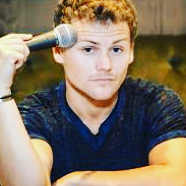 We could not BE more excited to have AMSF alum @thedrewlynch back this Thursday. What we wouldn't give to be that microphone. Code RAIN for $5 tix, link in bio. See ya there! #mancrushmonday #mcm #allmysinglefriends #amsf . . . #singles #dating #comedy #love #relationships #standup #datingapp #hookup #fling #relationships #comedy #comedians #lacomedy #losangelescomedy