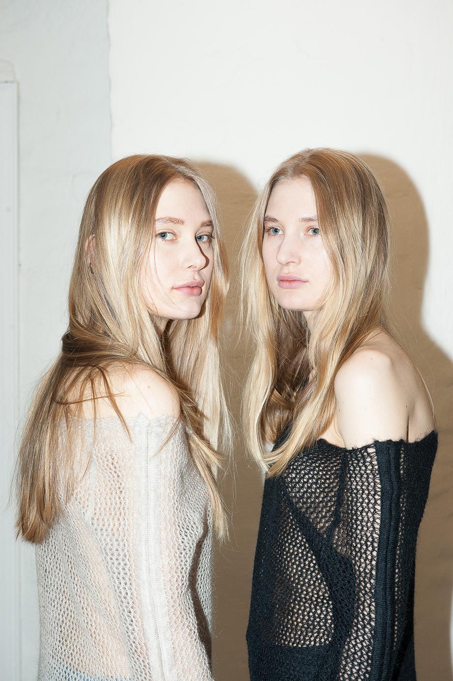 Modellene Nora og Mari Eldjarn Borgersen i Mardou & Dean Foto: Solveig Knutsen / Palookaville