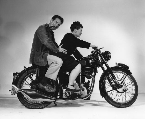 Charles-Ray-Eames-976.jpg