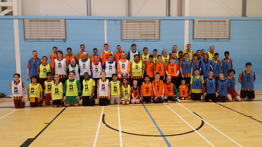 The BDFC squad in their new training bibs!