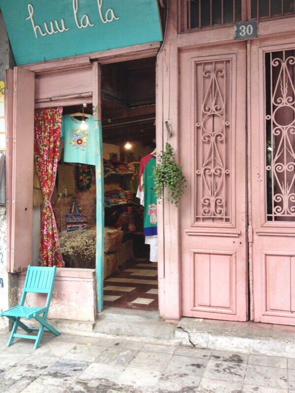 The most fabulous shop I could find, all the clothes were hand made, with incredible embroidery details & the three girls at the back were unashamedly watching you-tube videos and laughing hysterically.