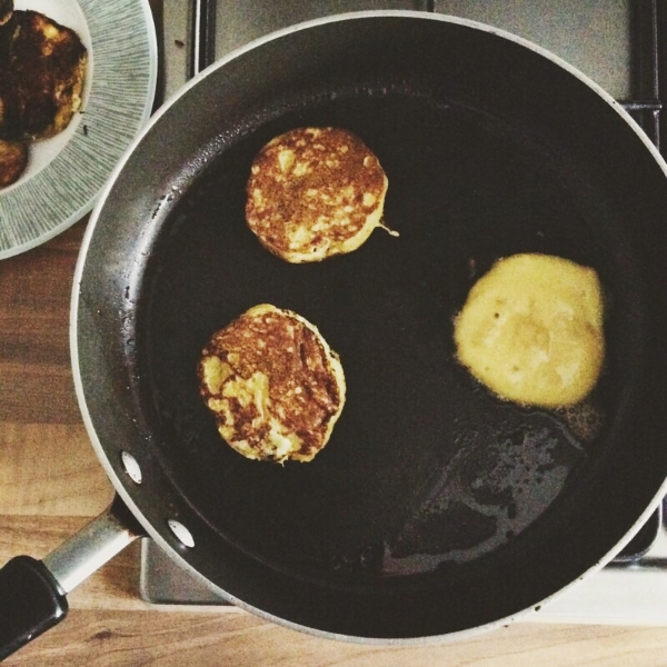 Egg and Banana Healthy Pancakes