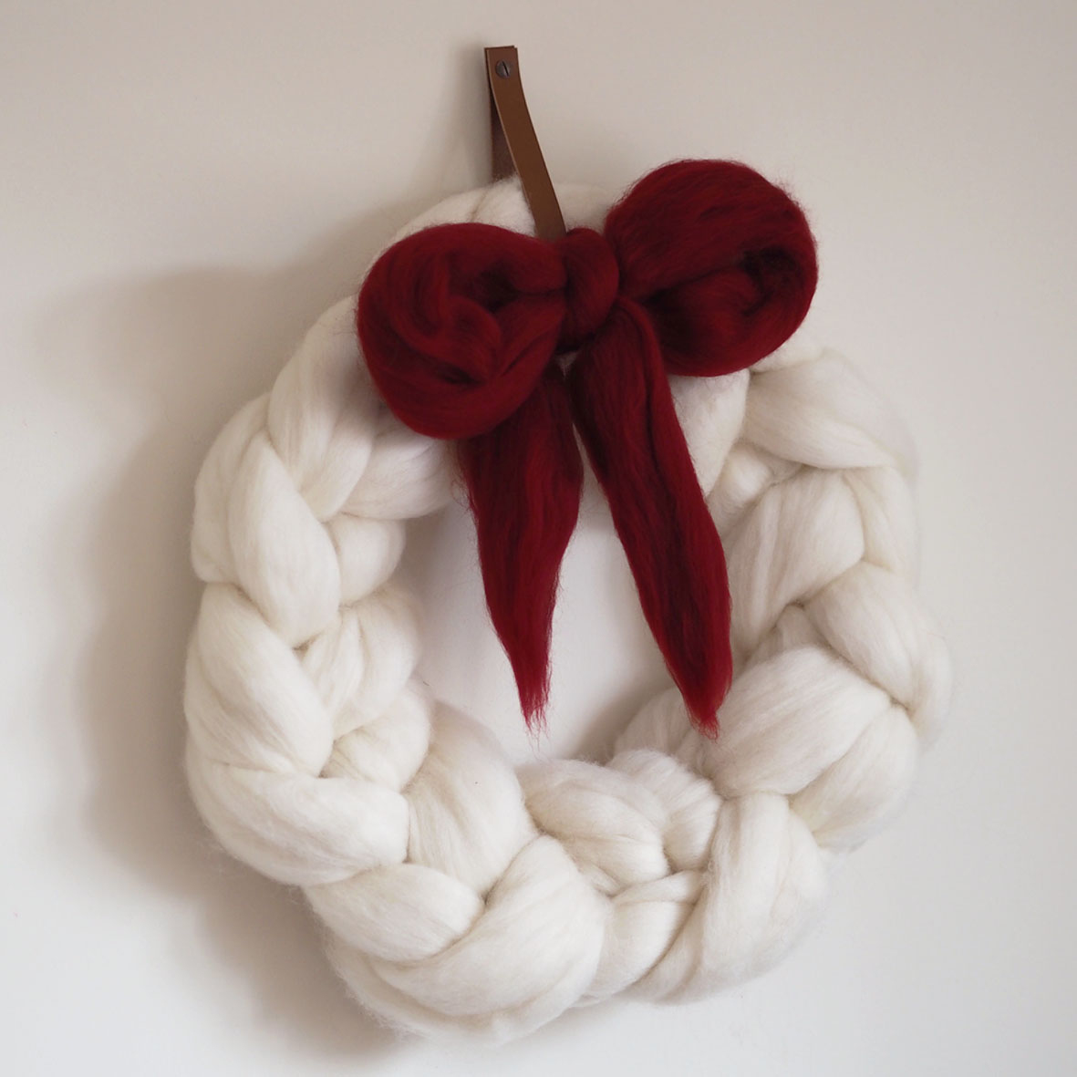 Chunky Knit Christmas Wreath — Lauren Aston Designs