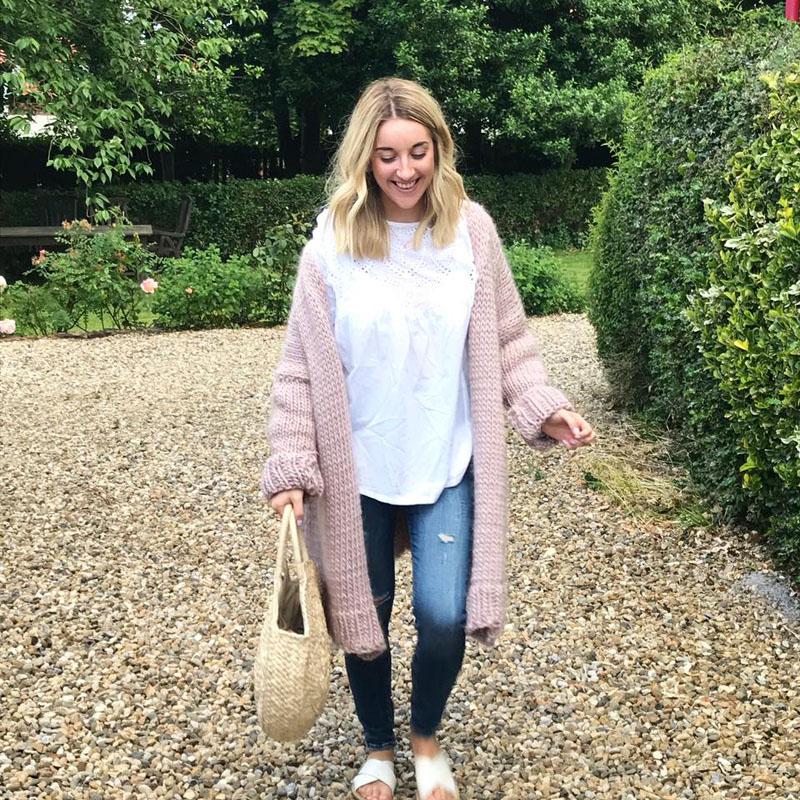 So in love with this picture by Sarah from  S L F Home  She finished her Mink Blush cardigan last week <3