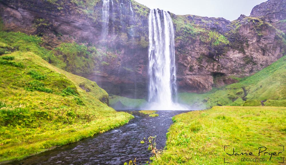 Icelandic Falls2-2.jpg