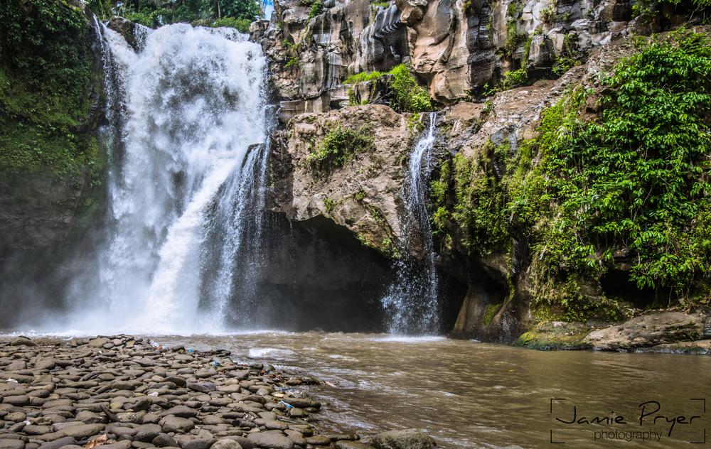 Bali Falls2-2.jpg