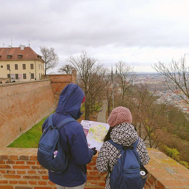 Just grab a map and get lost 🌎 #followminandkiatto #Brno #thosefancygems #travel #explore #discover #wanderlust #travelstoke #czech #czechrepublic #discovercz #cz