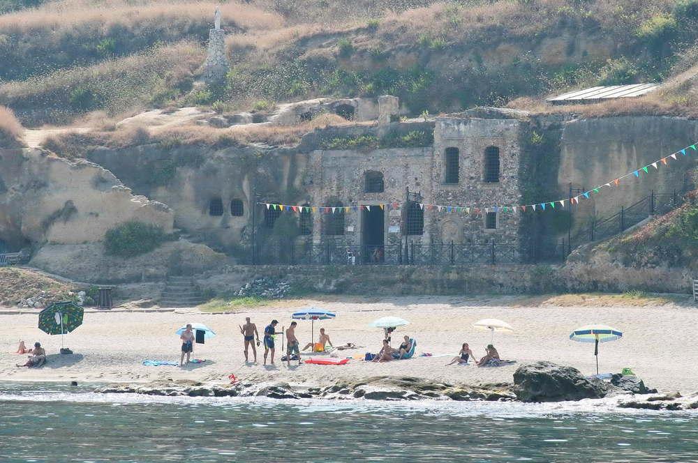 Beach at Chiesa Piedigrotta