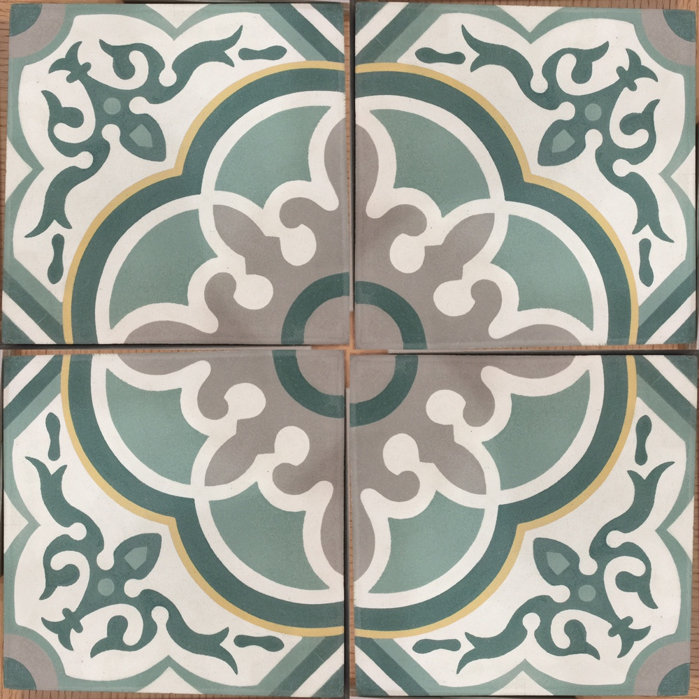 5 color 4 tile pattern