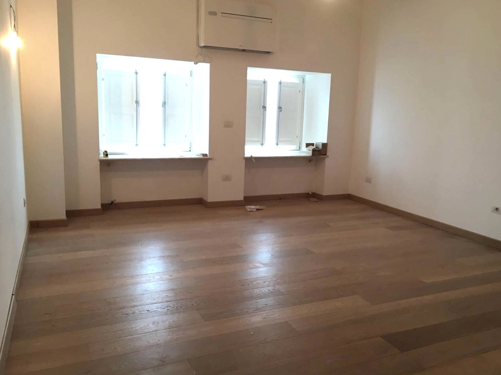 Studio Bellavista: living room with 2 windows facing the sea
