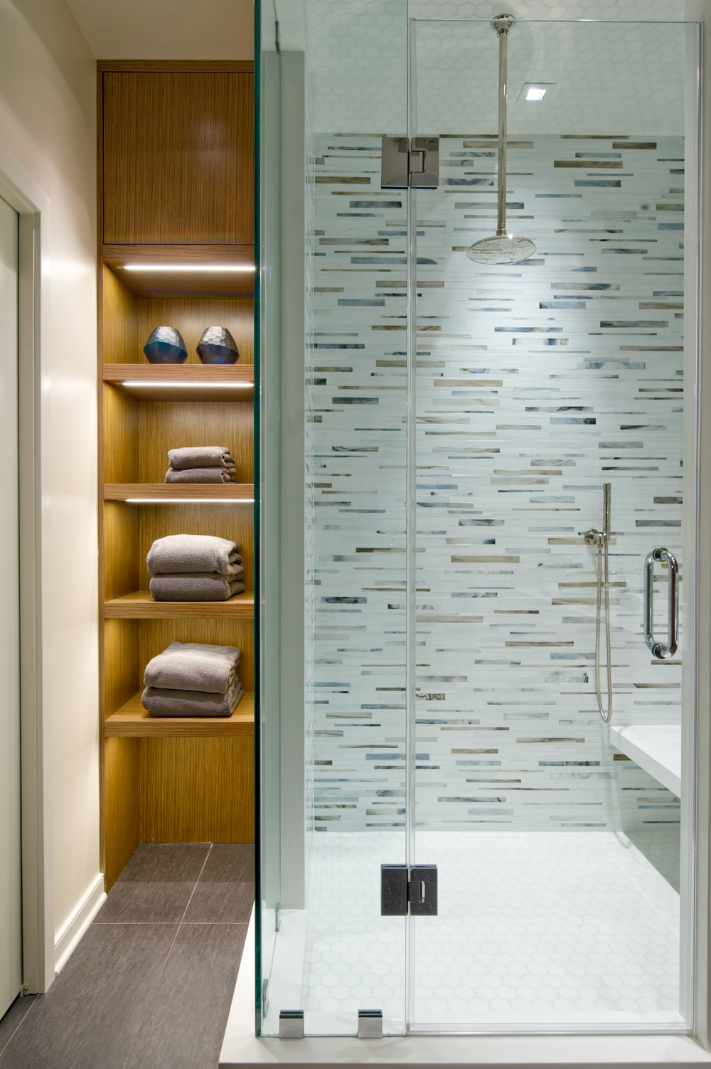 Penny Lane25 - Shower with Millwork.jpg