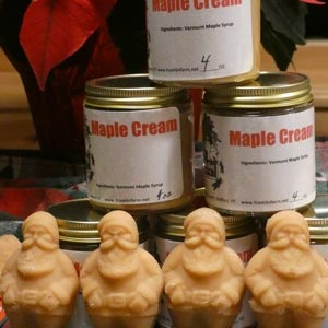 santa-maple-syrup-candy-maple-cream-gallery-size.jpg