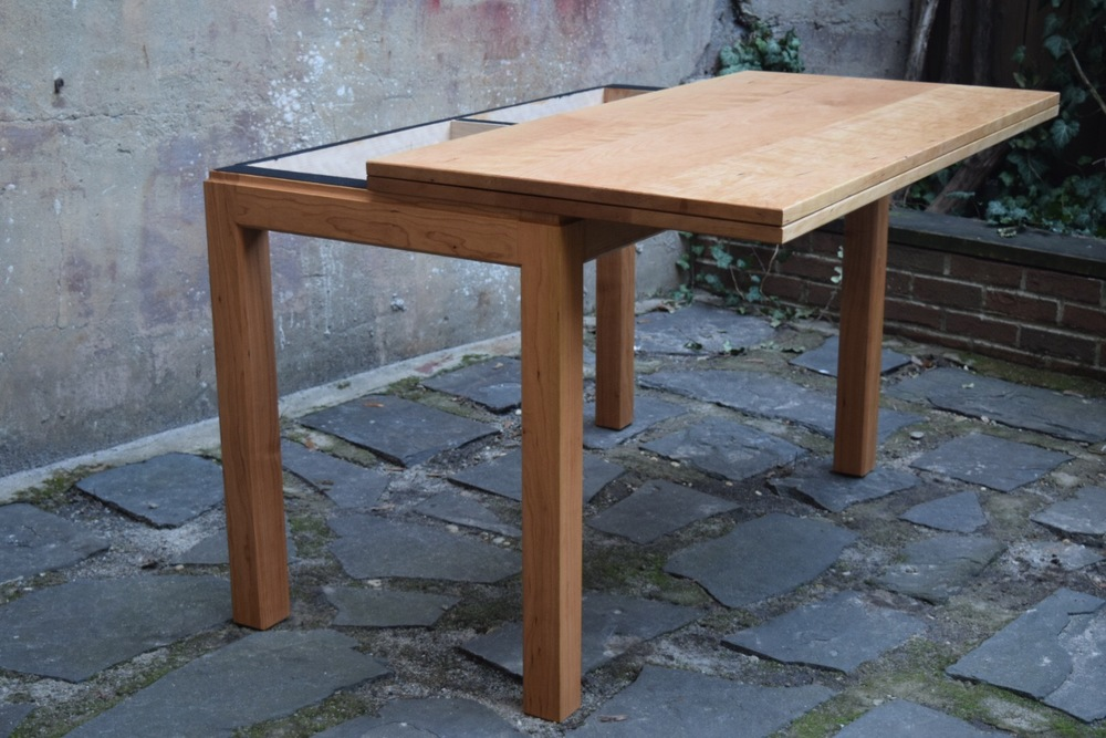 Sapele Trestle table
