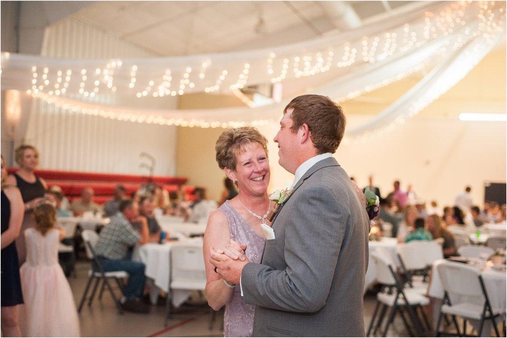 central_nebraska_wedding_0971.jpg