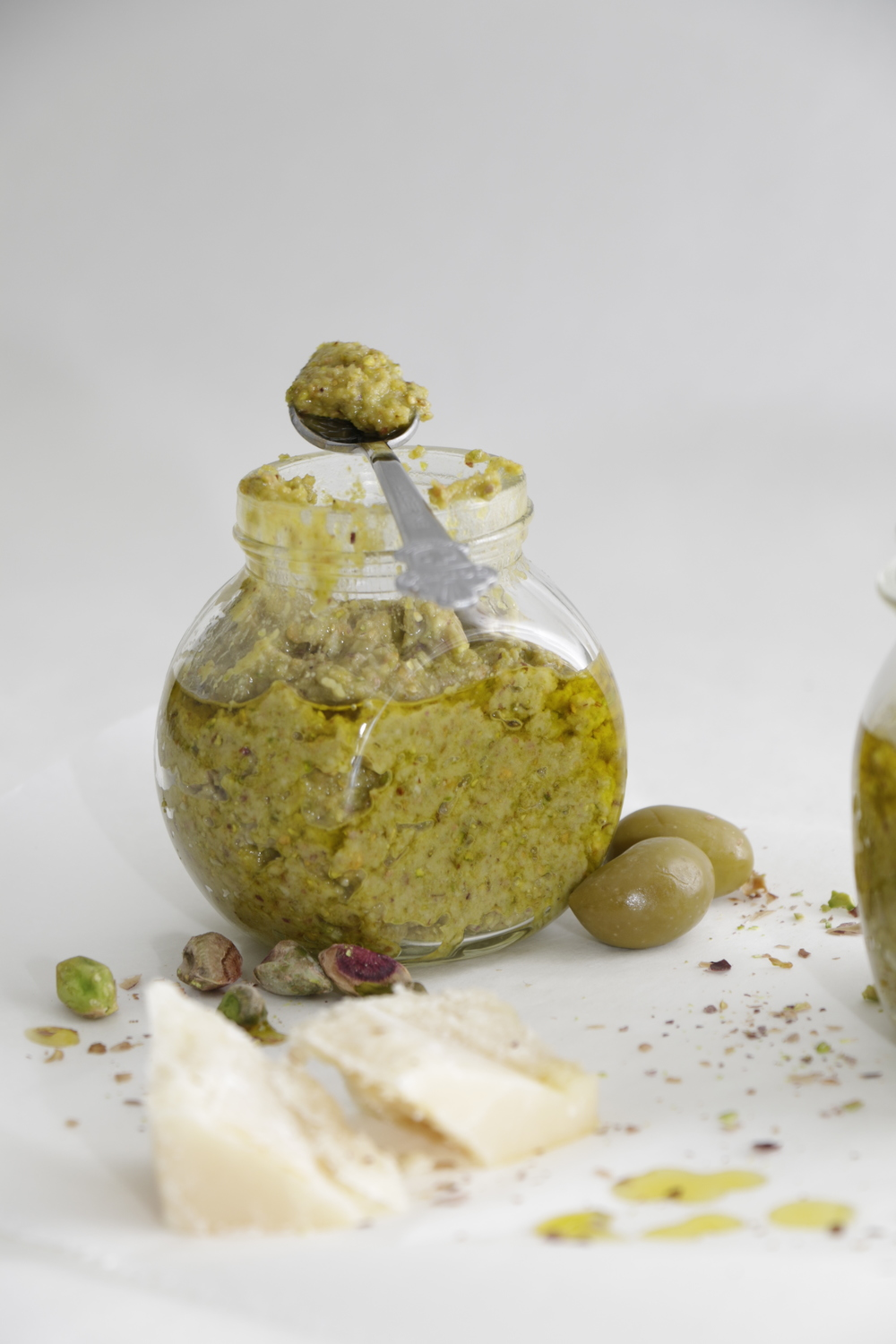 SHAREAT - LIFE & FOOD - PISTAZIEN OLIVEN-PESTO