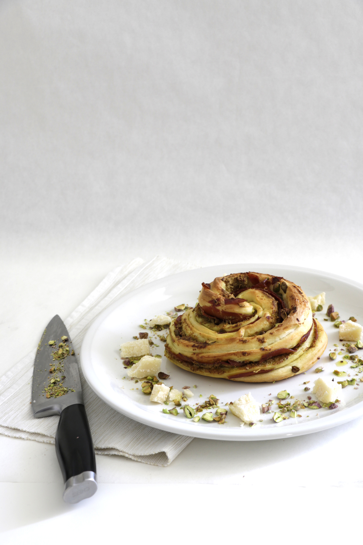 SHAREAT - LIFE & FOOD - Pistazien Oliven - Zopf