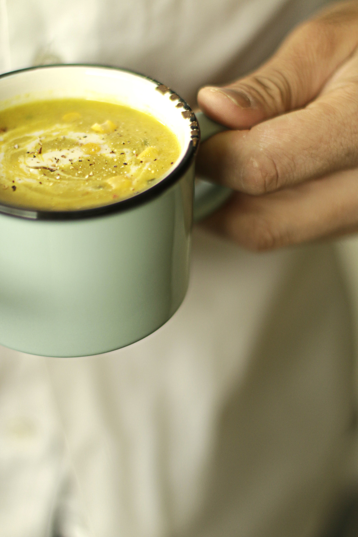 > Frische Mais-Suppe