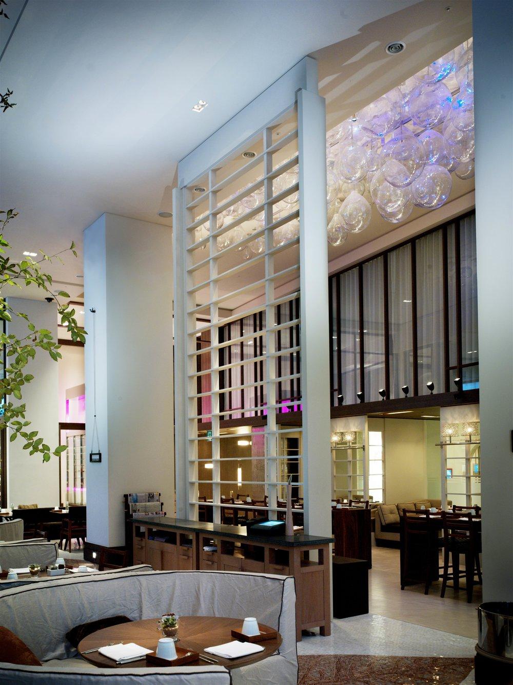 sei+studio+custom+glass+design+nyc+w+hotel+seoul+12.jpg