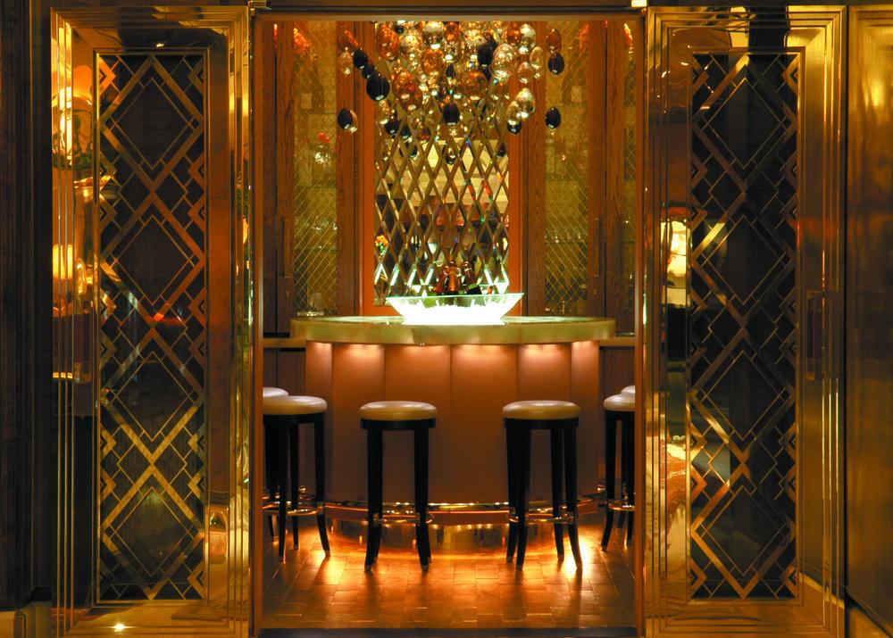sei+studio+custom+glass+nyc+Jumeirah+Carlton+Tower+London+4.jpg