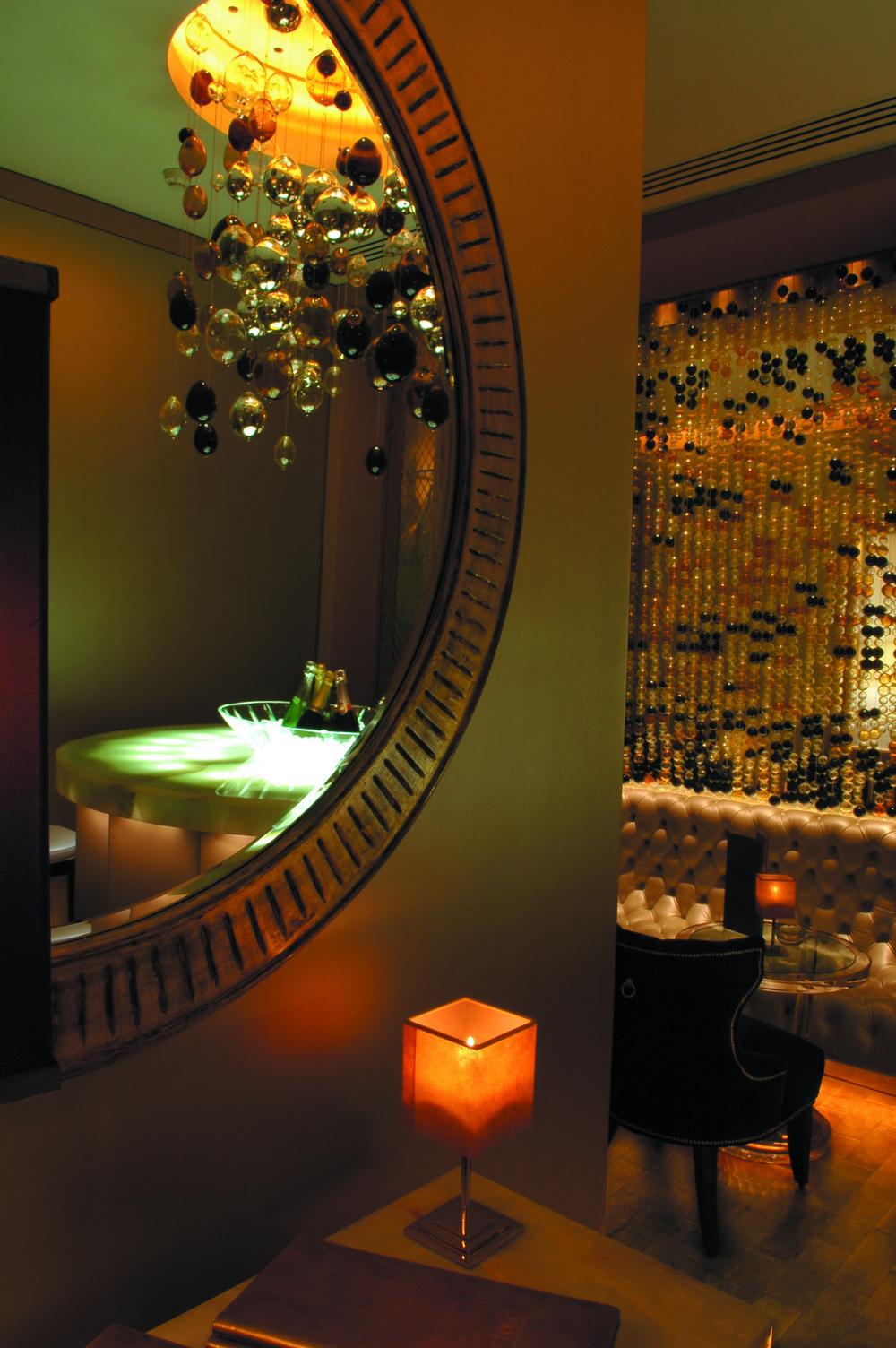 sei+studio+custom+glass+nyc+Jumeirah+Carlton+Tower+London+5.jpg