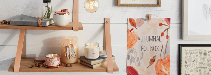 Autumn Candles - Warm and Inviting scents to make your home feel cozy...